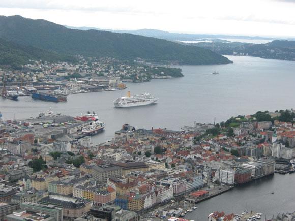 Norwegen: Bergen - Aussicht vom Floeyen