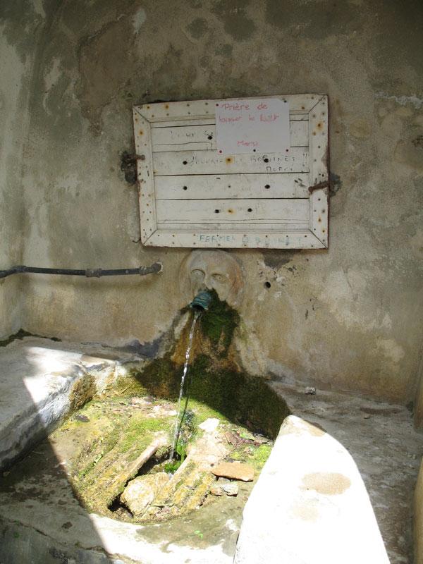 Brunnen bei Rogliano