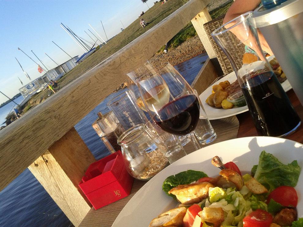 Abendessen auf der Seeterasse Sole Mio am Cospudener See