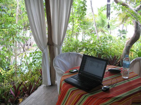Mein mobiles Büro im Coco Grove Beach Ressort