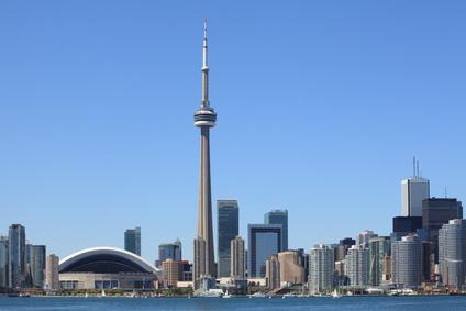 Für Touristen gibt es, wie hier Toronto, jede Menge zu entdecken; Bild von: © sumnersgraphicsinc - Fotolia.com